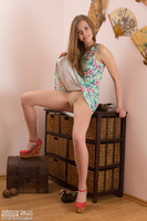 solo teen girl