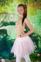 sexy nude teen model