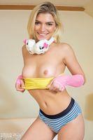 fresh nude girl