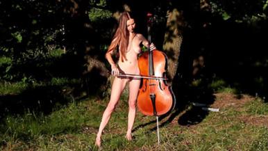 topless nude girl