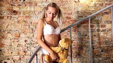 nude teen art model