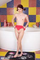 horny nude girl