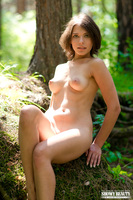 sporty nude girl